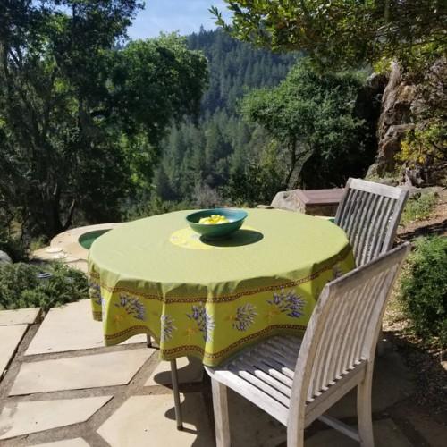 A Table Chez Nous